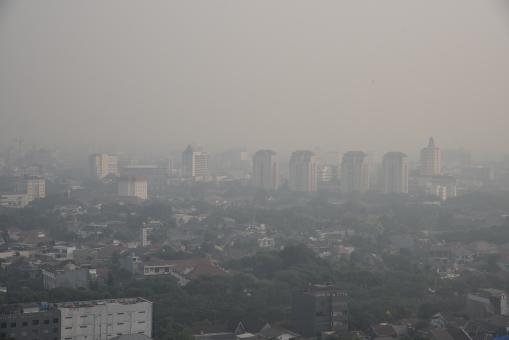 ジャカルタの大気汚染